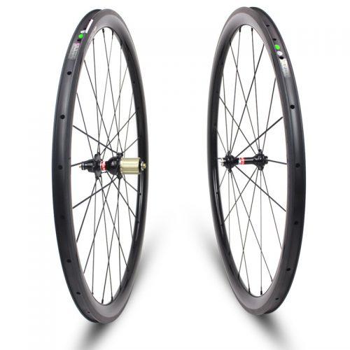 30mm-carbon-clincher-wheel